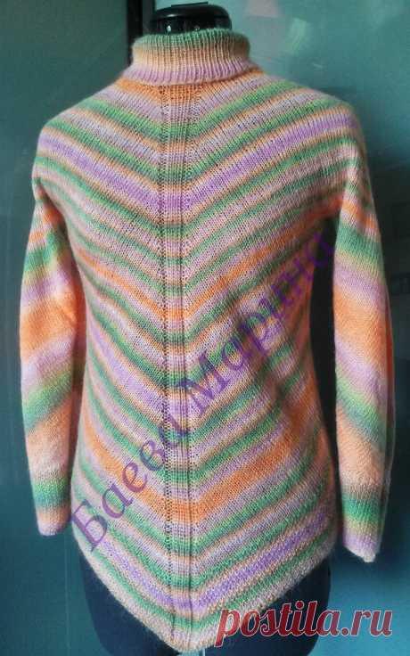 """Свитер женский """"Радуга"""" Свитер выполнен спицами из пряжи секционного крашения, свитер без швов. Возможно выполнение подобной модели любого размера, цветовое решение может быть другим. Стоимость указана за изделие 46 размера без учете стоимости пряжи."""