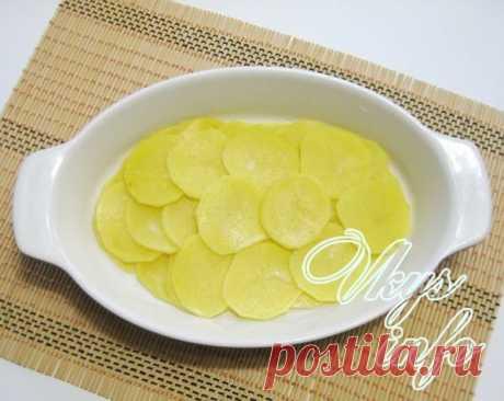 Слоёная картошка с курицей в духовке - получается много, готовится быстро