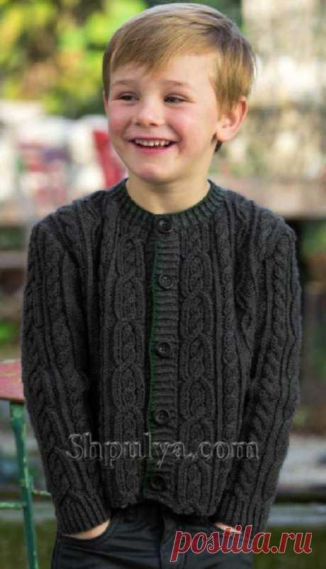 www.SHPULYA.com - Жакет с косами для мальчика спицами
