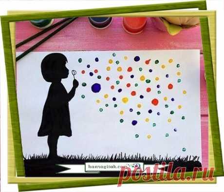Նկարազարդում «Պղպջակներ» Օճառի պղպջակները հավասարապես սիրելի են և՛ մեծերի, և՛ մանուկների համար։ Դրանք իրենց հետ բերում են խինդ ու ծիծաղ, հաճելի ու ջերմ հիշողություններ։ Դրանք կարելի է պատրաստել կամ գնել ու խաղալ ամռանը։ Կարելի է նաև պարզապես նկարել՝ միաժամանակ զարգացնելով երևակայությունը, մանր մոտորիկան ու գունազգացողությոնը։ Նկարելու ընթացքում, կախված երեխայի տարիքից, կարելի է նրան պատմել պղպջակների, օճառի, ինչպես նաև հիգիենայի կանոնների մասին։  ՀԱՆՐԱԳԻՏԱԿ