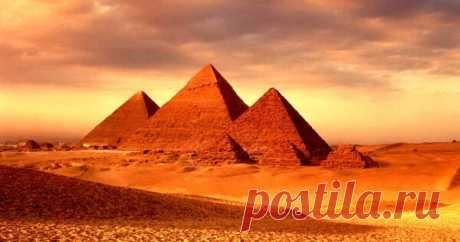 Что такое «воздушные шахты» пирамиды Хеопса Неудивительно, что существует огромное количество довольно спекулятивных теорий относительно значения и функции пирамид, в частности, пирамиды Хеопса. Одна из ее самых загадочных особенностей — четыре «воздушные шахты», истинное значение которых является предметом многочисленных теорий...