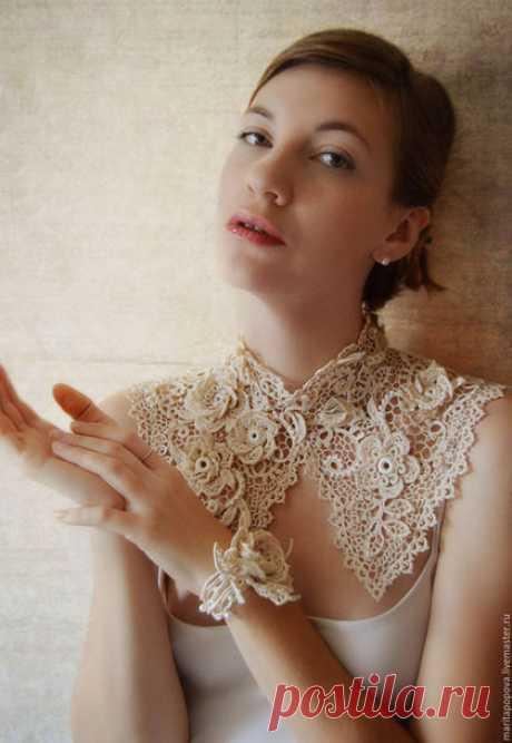 """Купить Воротничок и браслет """" Драгоценная Роза """" - бежевый, цветочный, молочный цвет, айвори"""