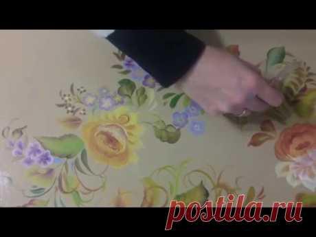Stroke decorative painting of a table la Pincelada Doble la Pintura de la Mesa