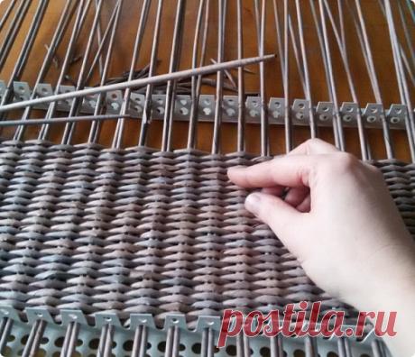 Станок для плетения из газетных трубочек