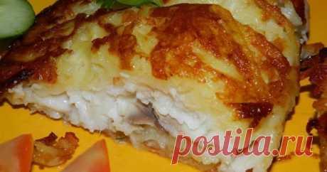 """Рыбка в """"шубе""""     Ингредиенты:     ●  филе рыбы (я брала тилапию) - 6 шт.;   ●  картофель - 7-8 шт.;   ●  сыр - 70 г;   ●  яичный белок - 2 шт.;  ..."""