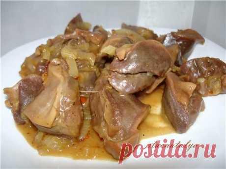 Блюдо достойное ресторана - куриные желудочки тушеные в соевом соусе! Никогда не думала, что это такая вкуснятина!