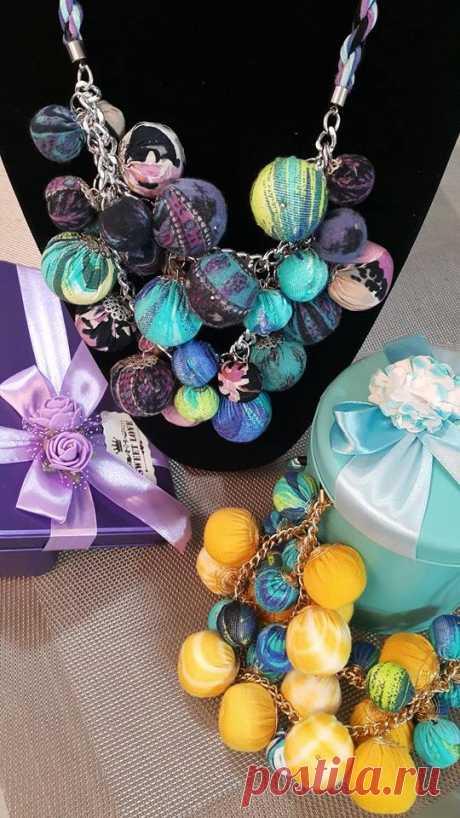ожерелье- веселые шарики