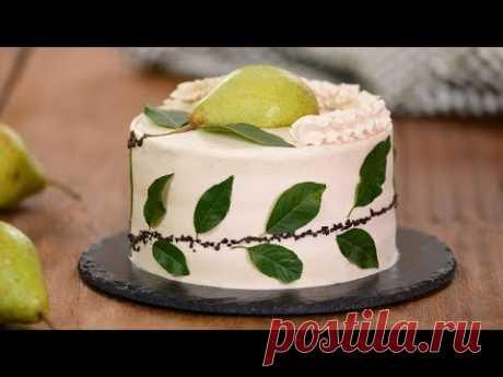 La torta de chocolate con las peras