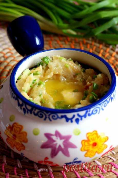 Callcannon (колканнон - ирландское картофельное пюре)  Картофель в Ирландии является основной сельскохозяйственной культурой. Поэтому, совсем неудивительно, что в ирландской кухне много блюд из картофеля. Одно из самых известных - колканнон. Колканнон - …