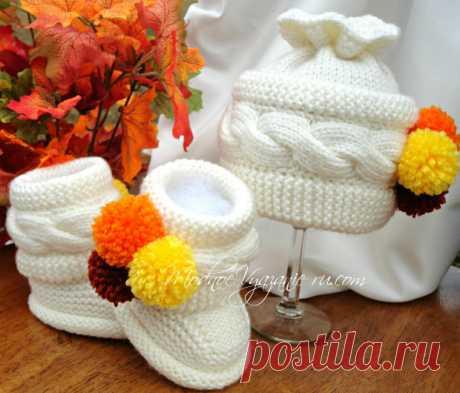 Пинетки-сапожки спицами с поперечной косой -  Модное вязание