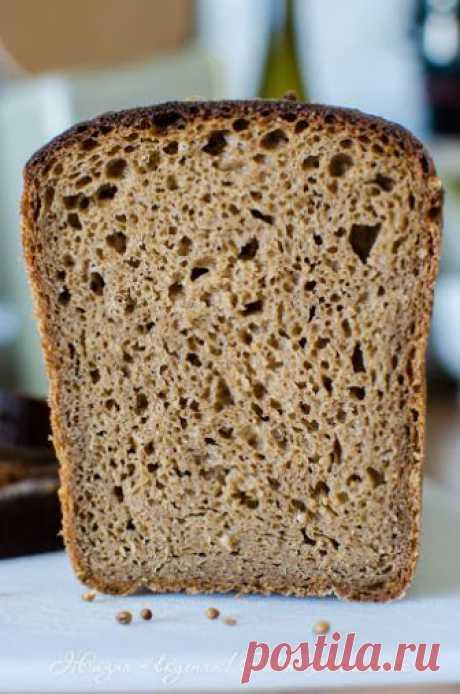 Прибалтийский ржано-пшеничный заварной хлеб на закваске.