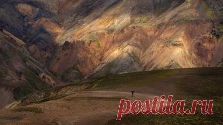 Национальный парк Ландманалёйгар (Исландия). Автор кадра – Irina Abaturova: nat-geo.ru/community/user/223501 💙
