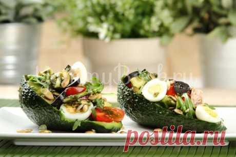 Салат с авокадо и тунцом - рецепт с фото пошагово Как приготовить салат с авокадо и тунцом . Пошаговый рецепт с фотографиями, подробным описанием и ингредиентами.