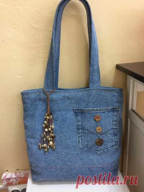 Старые джинсы - новые вещи: часть 4. Интересные сумки | Златоручка | Яндекс Дзен