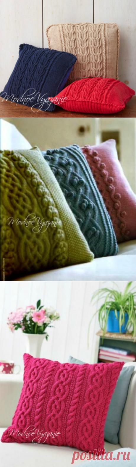 Подушка от Bernat вязаная спицами - Модное вязание