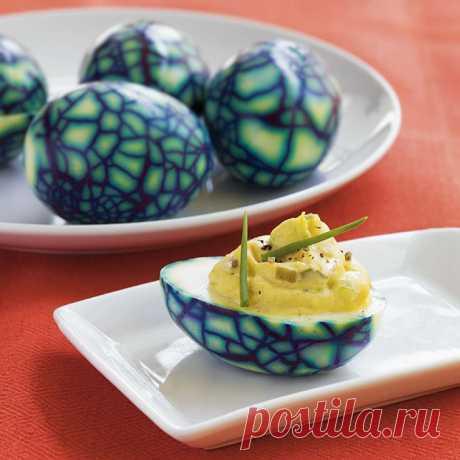 """Фаршированные яйца """"динозавра"""" рецепт с фото пошагово Фаршированные яйца """"динозавра"""" - пошаговый кулинарный рецепт приготовления с фото, шаг за шагом."""