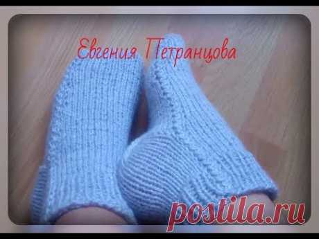 Unusual way of knitting of socks spokes