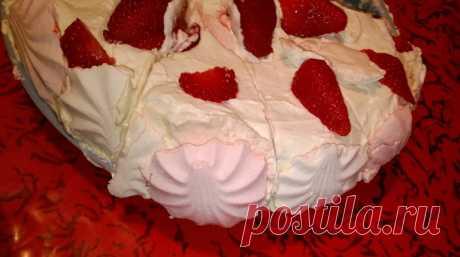 Для всех любителей зефира посвящается неимоверно вкусный зефирный торт