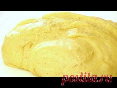 Сдобное дрожжевое тесто на сметане воздушное и нежное. Пошаговый видео рецепт.