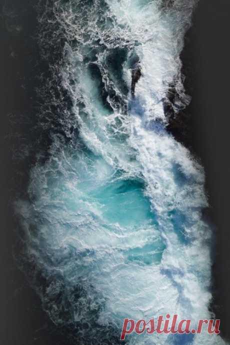 alecsgrg:Ocean art | ( by Tobias Hägg ) — Cool Foto Gid