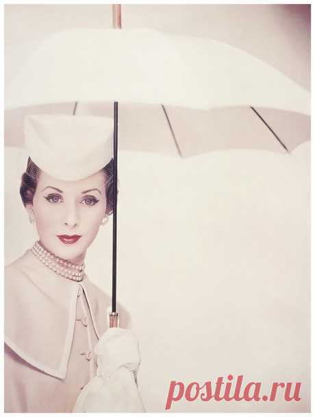 Photo Erwin Blumenfeld   for March 1950 Vogue cover
