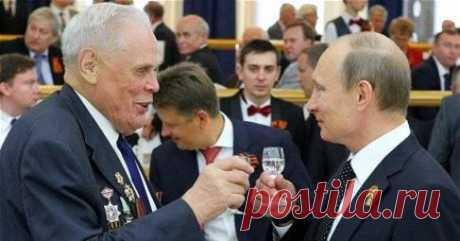 (2) Георгий Захмылов