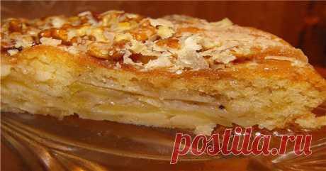 Вкус пирожного в обычном яблочном пироге – это возможно! Благодаря нашему рецепту пирог с яблоками заиграет новыми вкусовыми качествами!