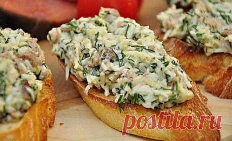 Что положить на бутерброд: 10 рецептов вкусных намазок.