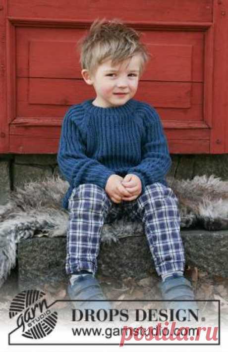 Джемпер Перкинс Прекрасная модель джемпера с рукавом реглан спицами для ребенка, связанная из тонкой шерстяной пряжи на спицах 3 мм. Вязание модели...