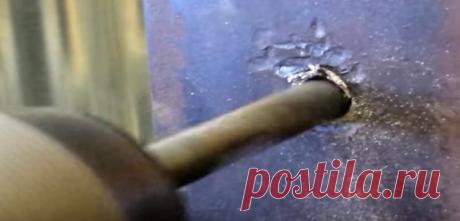 Siete modos de destornillar el bulón roto o la horquilla