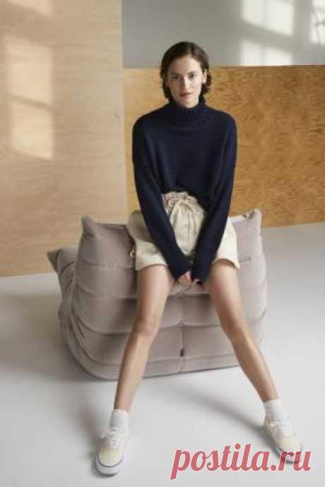 Базовый свитер с высоким воротником Женский свитер с высоким воротником гольф, связан спицами 4 мм из смесовой пряжи на основе модала и шерсти мериноса. Все...