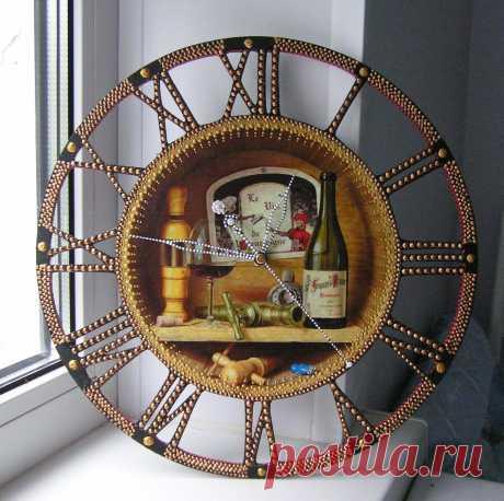 Часы кухонные Декупаж+точечная роспись.