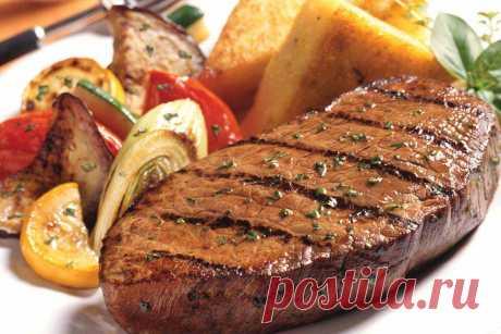 4 простых и гениальных способа превратить жесткое мясо в мягкое и сочное | Четыре вкуса