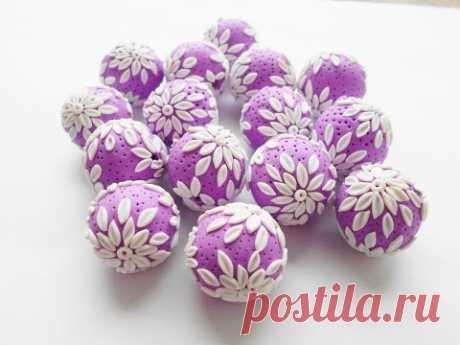 Полые бусины со снежными цветами из полимерной глины