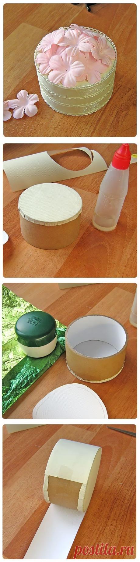 МК Круглая упаковка для подарка из бобины от скотча