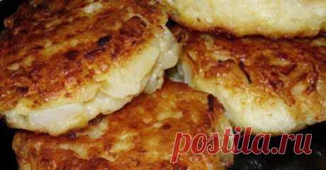 Изумительные овсяные котлетки с грибами, их можно и на завтрак и на ужин. Диетические котлеты  Необходимые продукты  овсяные хлопья— 0,2 кг грибы— 0,1 кг чеснок— 2 зубчика лук— 70 гр петрушка соль Начинаем приготовление  Насыпаем овсяные хлопья вчашку изаливаем кипятк…