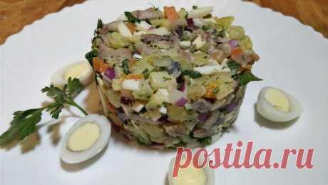 """Новогодний салат """"Прибой"""" и как быстро разделать сельдь - Простые рецепты Овкусе.ру"""