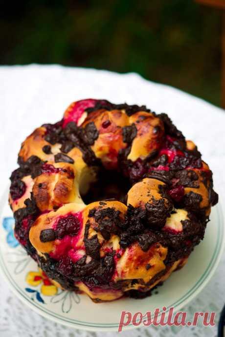 Отрывной хлеб с шоколадом и вишней — Кулинарный Блог