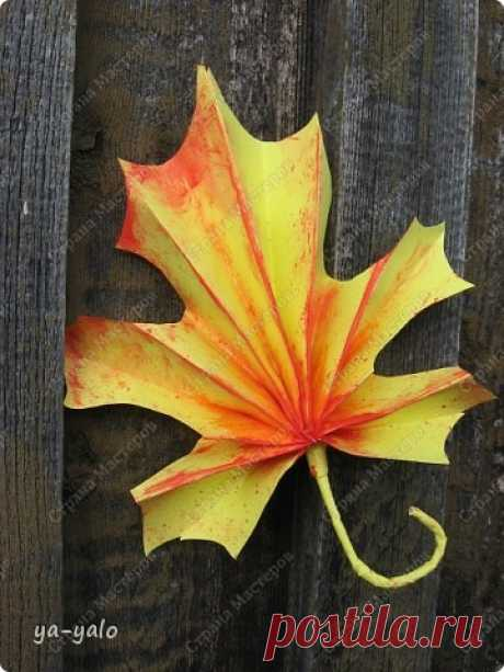 Танцевала в подворотне осень вальс-бостон.....