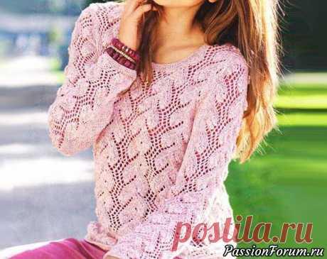 Ажурный пуловер с «шишечками»