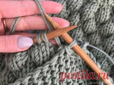 Простой способ соединения двух деталей изделия Сегодня я хочу с вами поделиться одним очень простым способом соединения двух деталей изделия. В моем случае это будет рукав кардигана и его «тело». Подобным способом также можно соединять спинку и перед свитера/кардигана...
