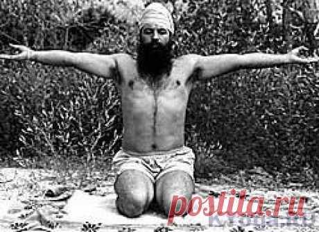 Кундалини Йога школы Йоги Бхаджана Кундалини йога школы Йоги Бхаджана. Ответы на вопросы. Как устроено занятие по кундалини йоге. Какая цель кундалини йоги. История кундалини йоги. Традиция.