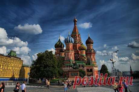 Покровский собор на Красной площади Москвы – Собор Василия Блаженного