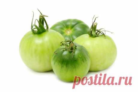 """Вкусный рецепт: салат """"Дунайский"""" из зеленых помидор Если помидоры не доспели, это не значит, что они совершенно не годятся в пищу. Из них получаются вкуснейшие заготовки. Ингредиенты Помидоры зеленые 700 г Лук репчатый, морковь по 350 г Уксус (9%), масло растительное по 75 мл Сахар 75 г Соль 25 г Лавровый лист 1 шт..."""