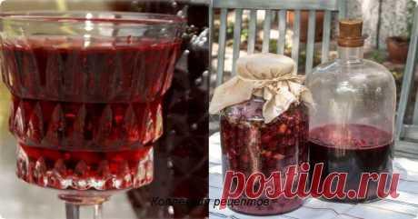 """#напитки  Вино по рецепту бабушки  В """"стародавние"""" времена бабушка делала вкуснейшее домашнее вино из старого засахаренного варенья. Шикарное, вкусное, ароматное домашнее вино, да еще и с """"гуманным ценником"""" - прекрасное решение к праздничному столу! А восхищение гостей, попробовав..."""