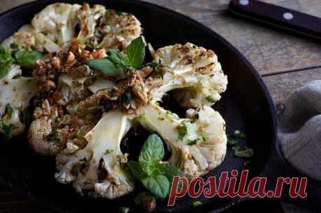 Стейк из цветной капусты на сковороде – пошаговый рецепт с фото.