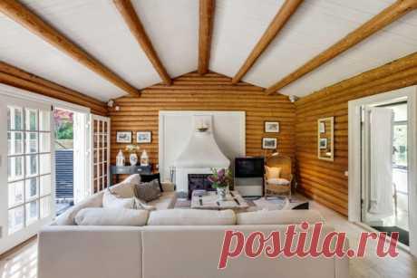 Отделка потолка в деревянном доме Расскажем про особенности отделки потолка в деревянном доме. Покажем популярные варианты и расскажем про нюансы отделки.