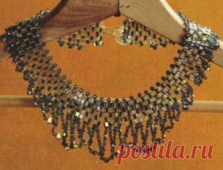Ожерелье из кристаллов и бисера Колье, бусы, ожерелья – Бисерок