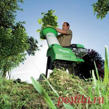 Садовый измельчитель своими руками Садовый измельчитель – это механизм, предназначенный для переработки растительных отходов, образующихся при скашивании травяного покрова, санитарной либо ежегодной обрезке деревьев, винограда и различ…