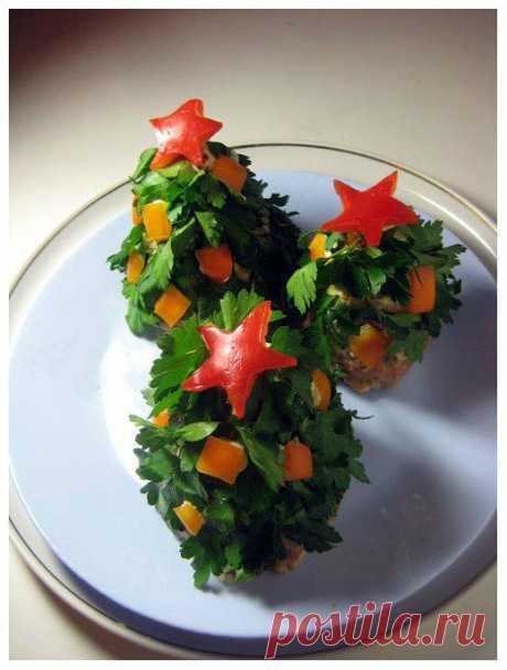 Новогодние елочки из мяса